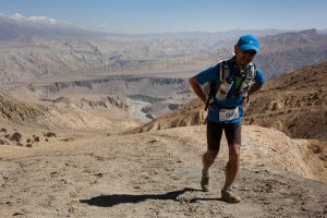 Ryoichi Sato climbing to 4200m in upper mustang nepal