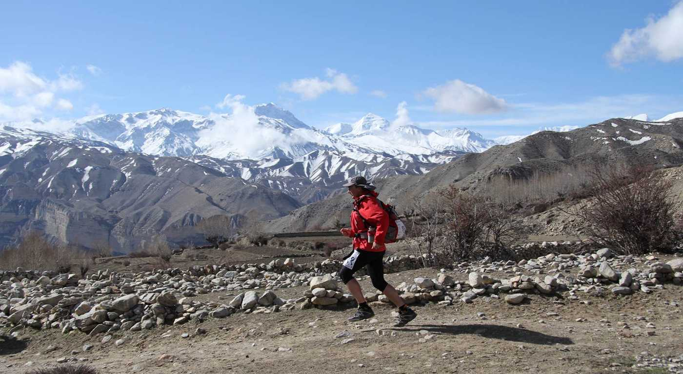 running in the nepal himalayas