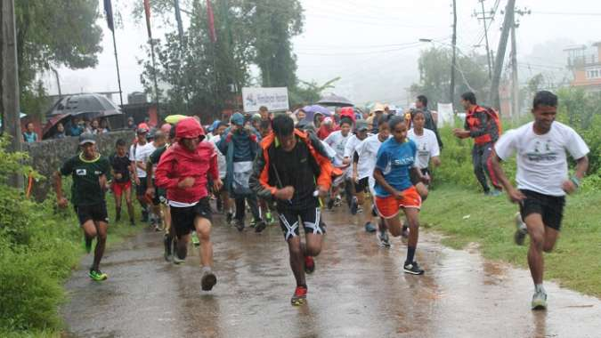 dhulikhel-nagarkot-race-start-2015.08.01